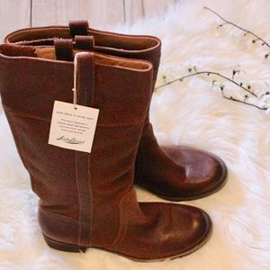 Nwt! Hibiscus Tall Boots - Brown